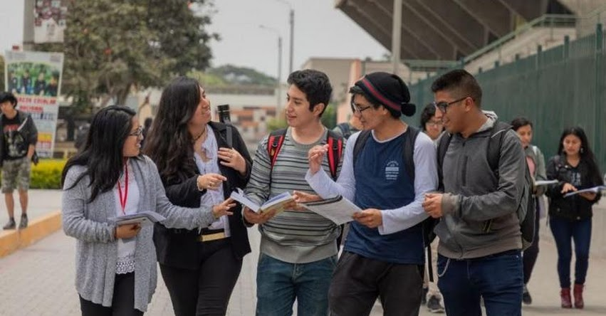 INGRESO LIBRE A UNIVERSIDADES: Universidades no tiene la capacidad para recibir gran número de alumnos cada año, sostuvo el superintendente de la SUNEDU, Oswaldo Zegarra
