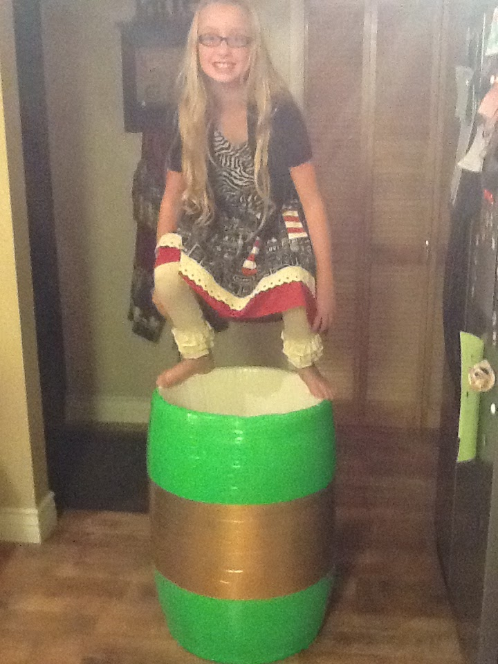 Kids Rodeo Clown Barrels