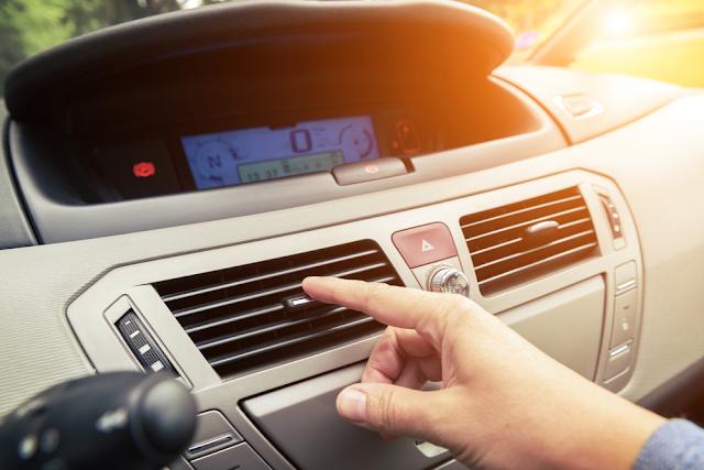 Tips Merawat AC Kendaraan untuk Menghindari AC Mobil Tidak Dingin