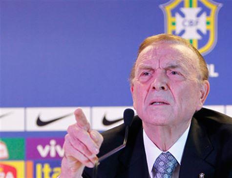 Fifa culpa Marin por corrupção e bane cartola do futebol