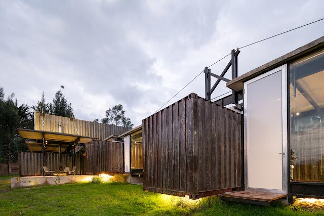 Casa RDP - Shipping Container Industrial Style House, Ecuador 21