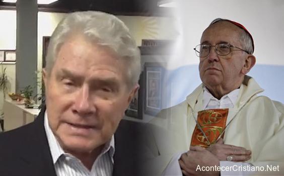 Luis Palau apoya al Papa Francisco