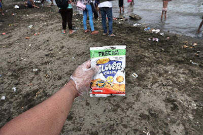 Favorite snacks of Filipino beachgoers