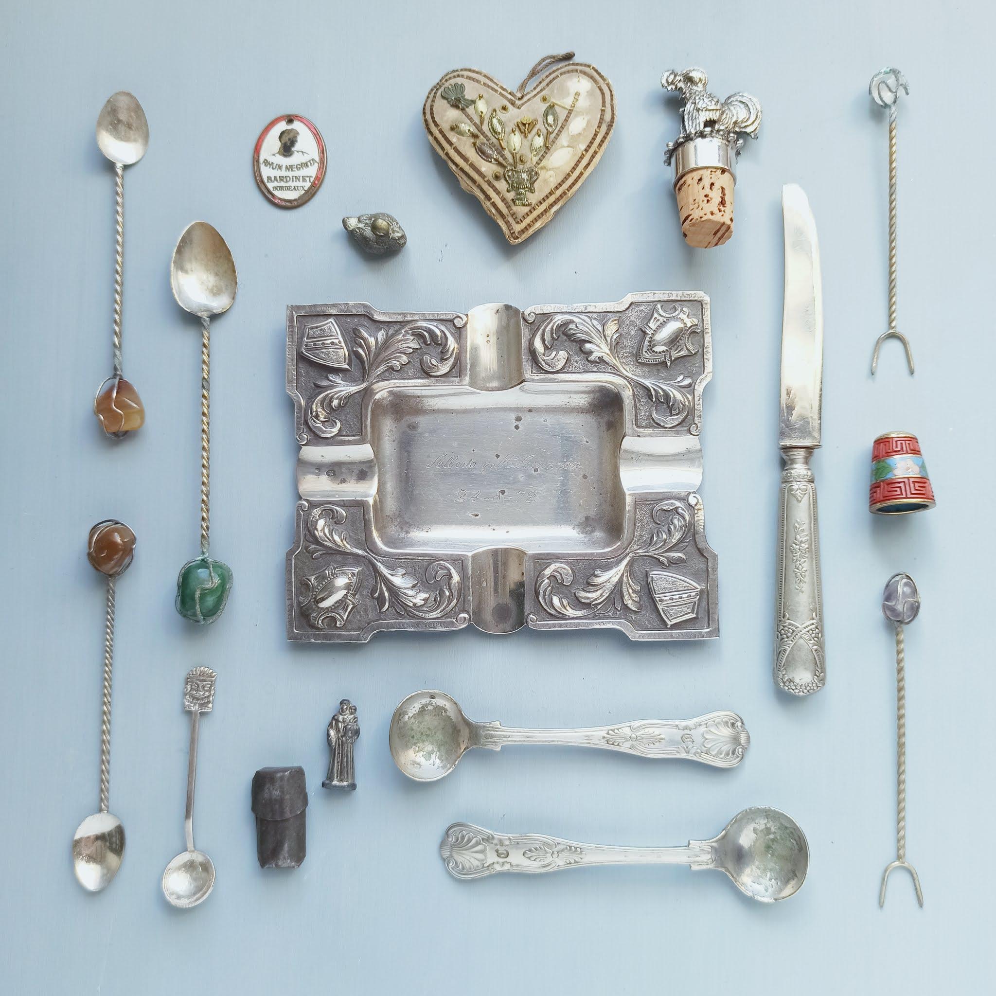regalos-objetos antiguos-flat-lay