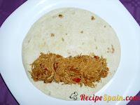 Fajita with sauce and chicken