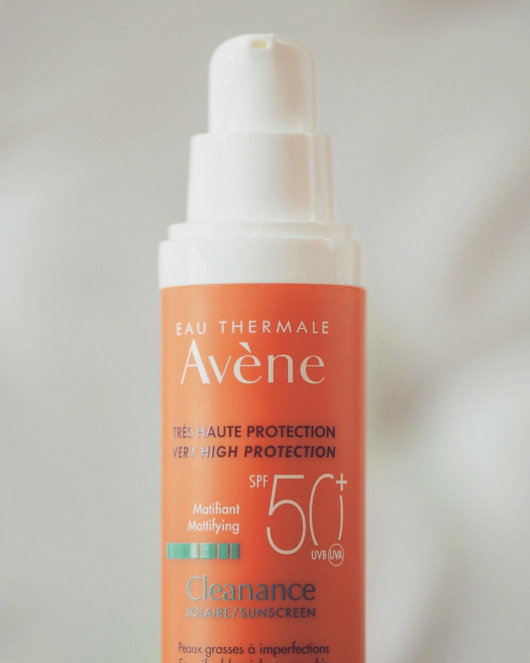 avene cleanance solaire spf 50+ emulsja dla skóry trądzikowej i tłustej krem z filtrem avene do skóry tłustej z kompleksem antyoksydacyjnym czy tłusty