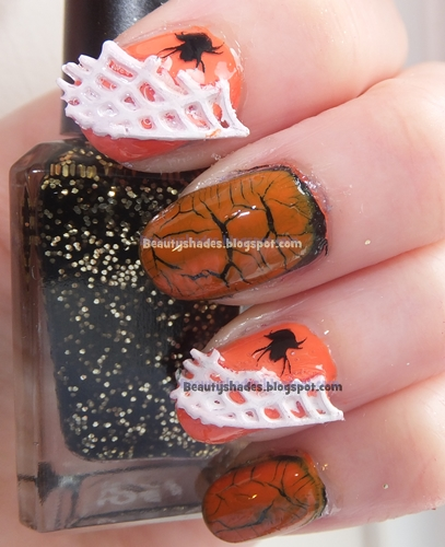 Halloween Spider Web Nails