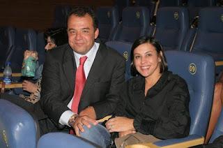 http://vnoticia.com.br/noticia/2264-cabral-condenado-pela-quarta-vez-agora-sao-87-anos-de-prisao