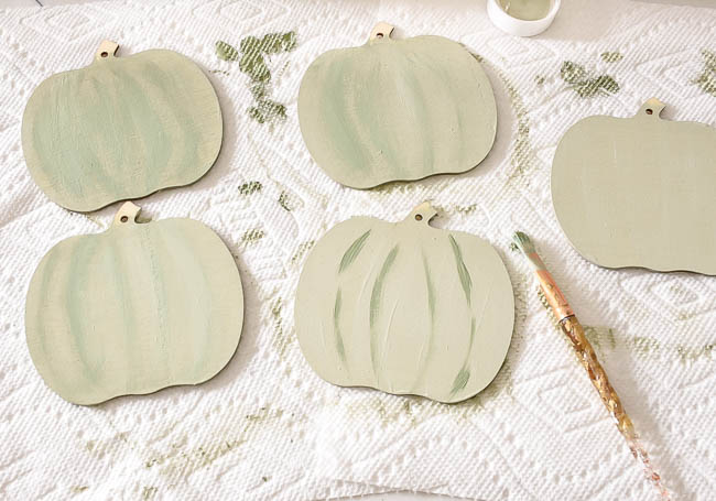 painting dollar tree wood pumpkins