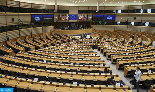 """تسليط الضوء بالبرلمان الأوروبي على تجنيد الأطفال من طرف """"البوليساريو"""" والجزائر"""