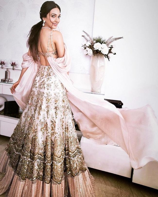 Actress gallery: Kiara Advani Trendy Looks