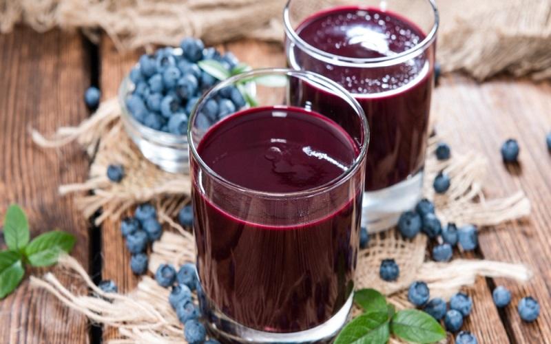11 Benefícios do Suco de Mirtilo à Saúde