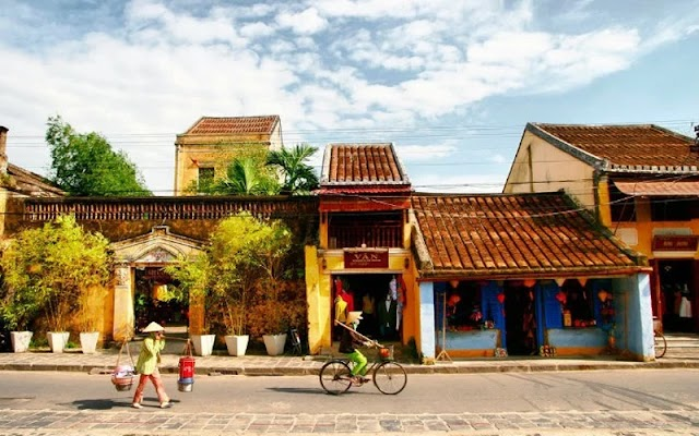 Hoi An is beautiful in the check-in photo of the Miss World