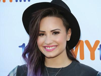 Profil dan Biodata Demi Lovato Terbaru