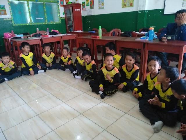 Belajar Perform di Kelas