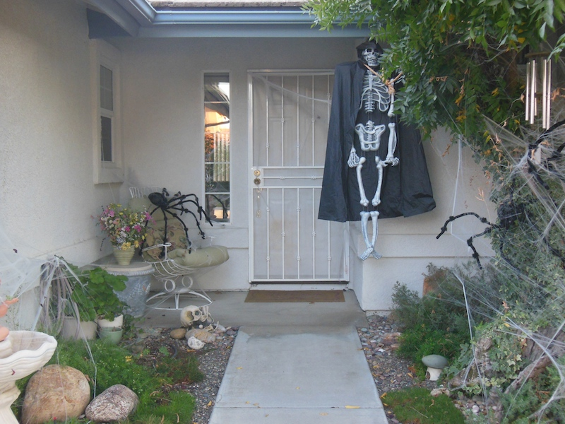 More Ghosts from Halloweens Past: Halloween Decorations