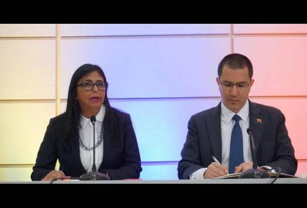 Delcy Rodríguez: El Gobierno revisará relaciones con Curazao