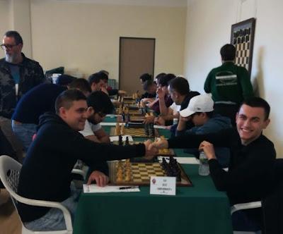 DH R.6, LA CRÓNICA: Gambito Benimaclet 3,5 - 4,5 Xeraco. Primera final.