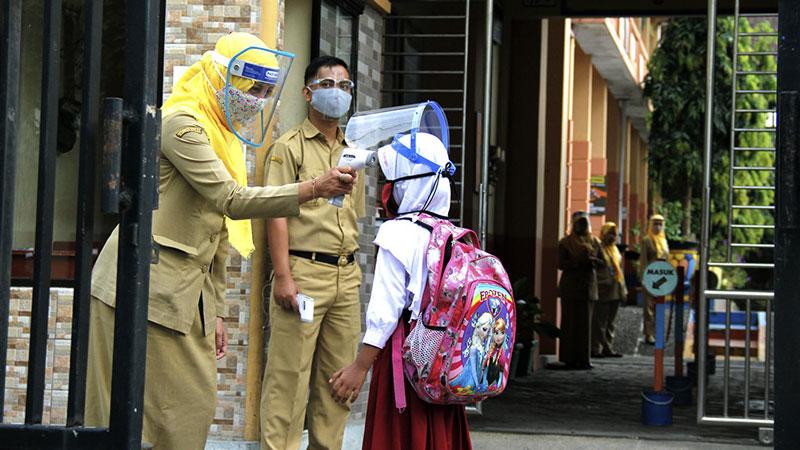 Kemendikbud Tetap Buka Sekolah Juli 2021 Meski IDAI Tak Setuju