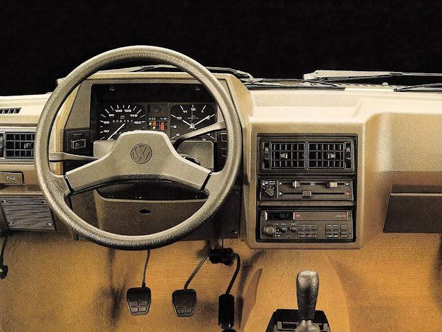 Volkswagen Gol AP-600 1990 - interior