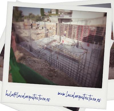 LACAL arquitectura. Arquitectos Granada. Vivienda unifamiliar en Huétor Santillán. Fase de Estructura. Javier Antonio Ros López, arquitecto. Daniel Cano Expósito, arquitecto.