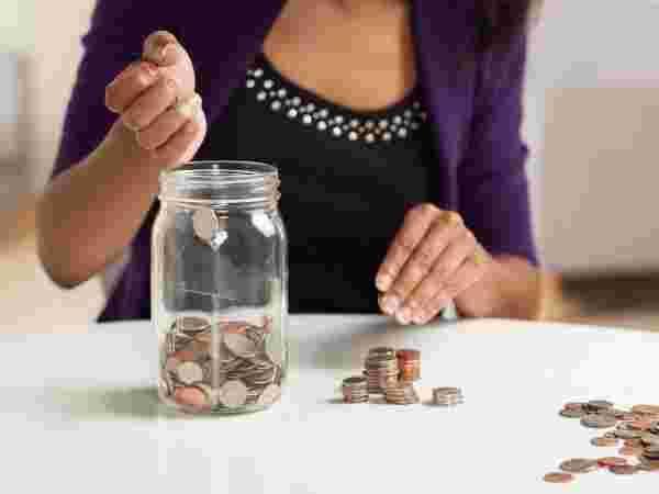 अपने पैसों को खर्च करने से बचाने के लिए अपनाये यह आसान तरीके