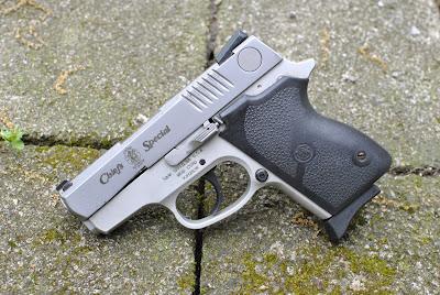 Gratuitous Gun Pr0n #182...