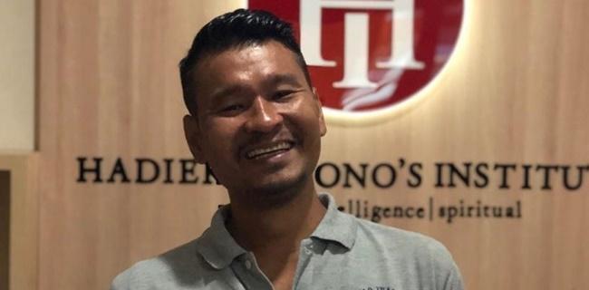 Samuel F Silaen: Hukum Tumpul Tak Berdaya, Hati Pemerintah Mendua Dalam Menindak Penyebar Ideologi HTI