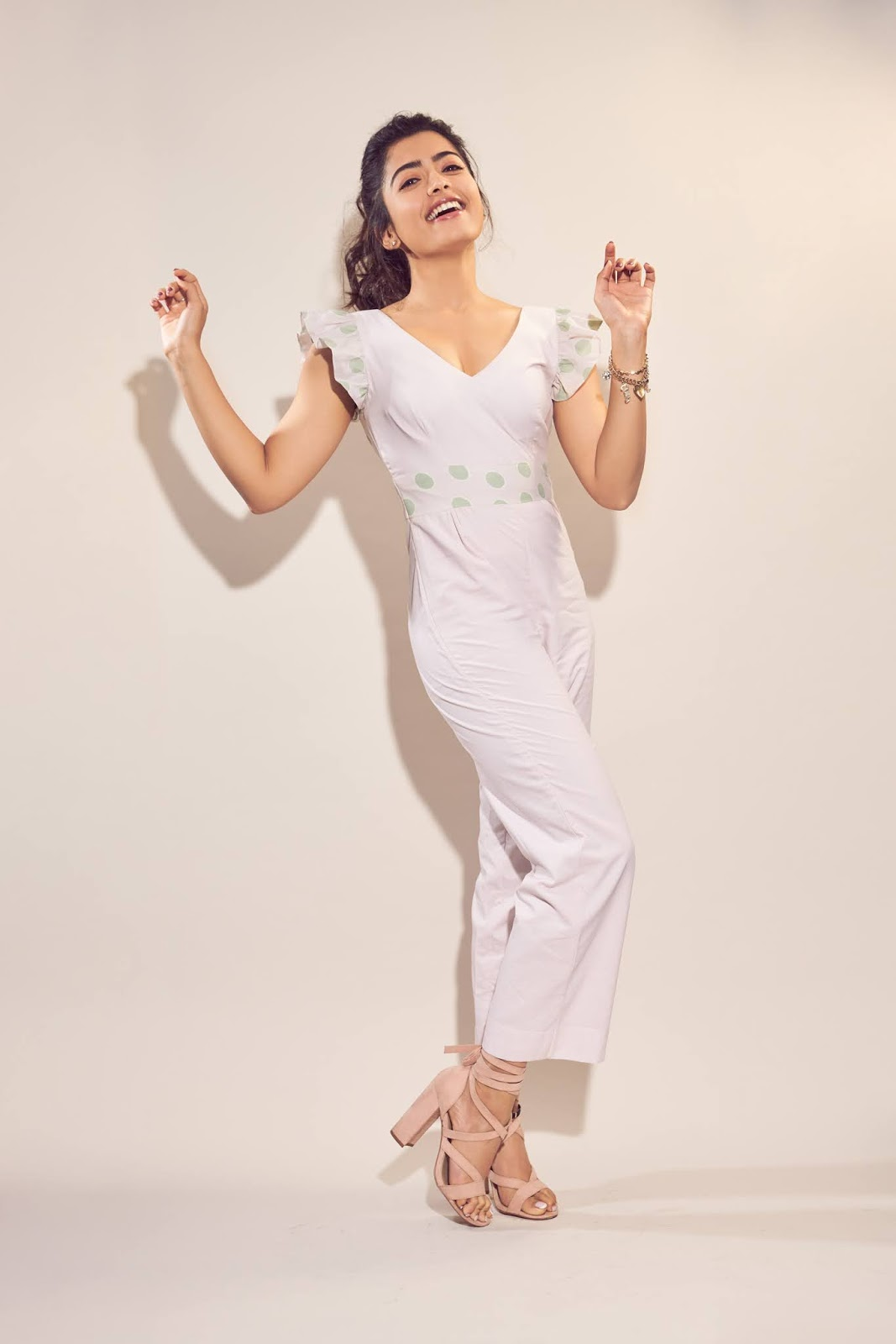 Rashmika Mandanna Stunnign Cute pics in a Playsful Jumpsuit