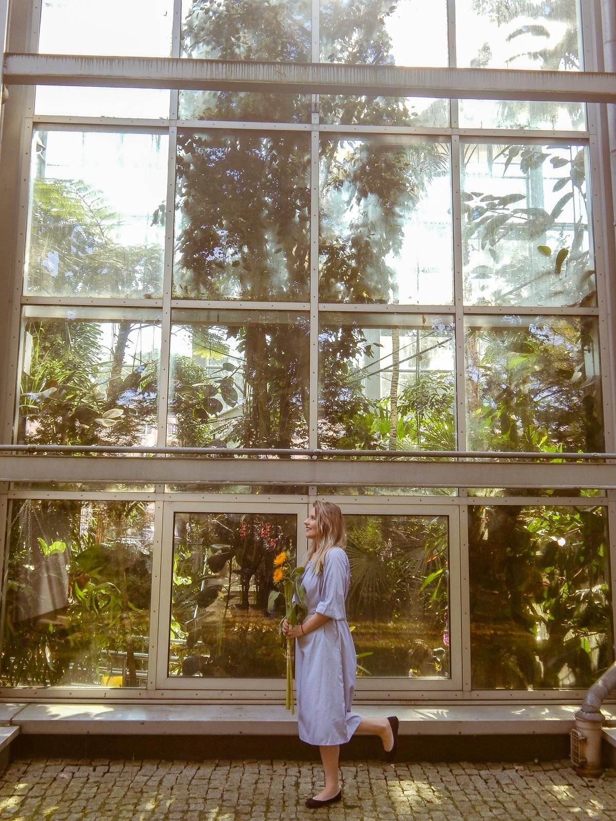3 palmiarnia w łodzi stylizacja fashion lookbook modna polka blogerki z łodzi influencer beauty style moda fashion ubrania fotografia mody chinskie sklepy