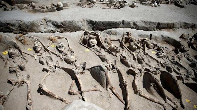Arqueólogos resuelven misterio de esqueletos maniatados en Atenas