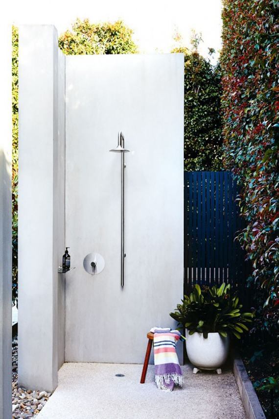 Outdoor shower | Image by Derek Swalwell via Homelife