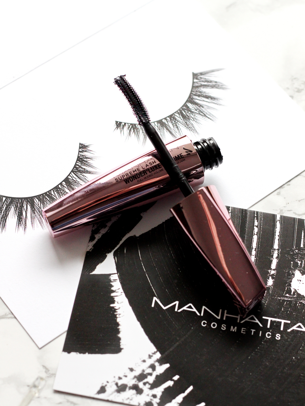 manhattan wonderluxe mascara test