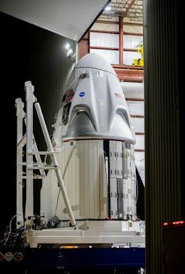 المركبة الفضائية سبيس إكس كرو دراغون SpaceX Crew Dragon التابعة لوكالة ناسا Nasa