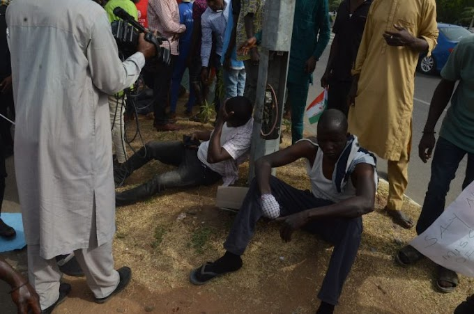 Many Injured as PDP Protesters Had an Accident