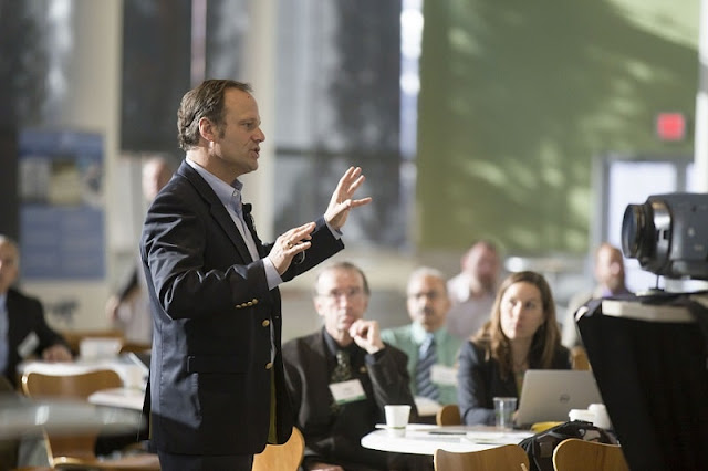 Top Reasons Why Are Presentation Skills Important in Business