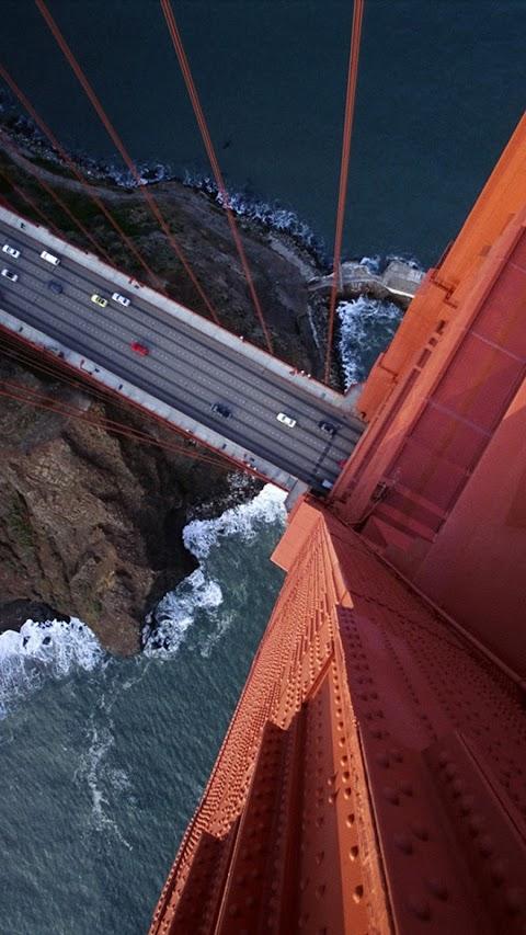 Cầu treo nhìn từ trên cao