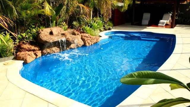 41+ Modern Swimming Pool Design Ideas for beautiful Bungalow