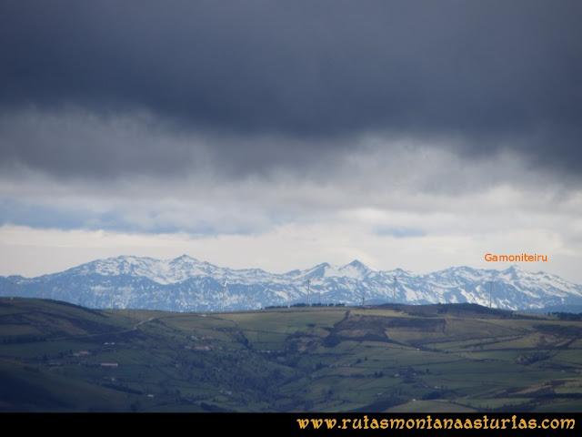 Ruta Alto Aristebano, Estoupo, Capiella Martín: Vista del Aramo