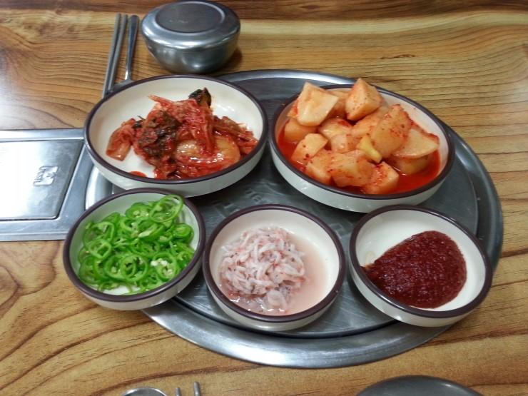 원주에서는 봉화산 순대국밥 집이 맛있다.