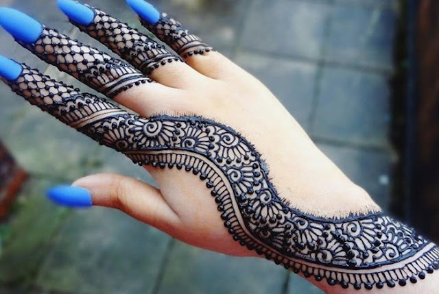 Wavy Jali Arabic Mehndi Design