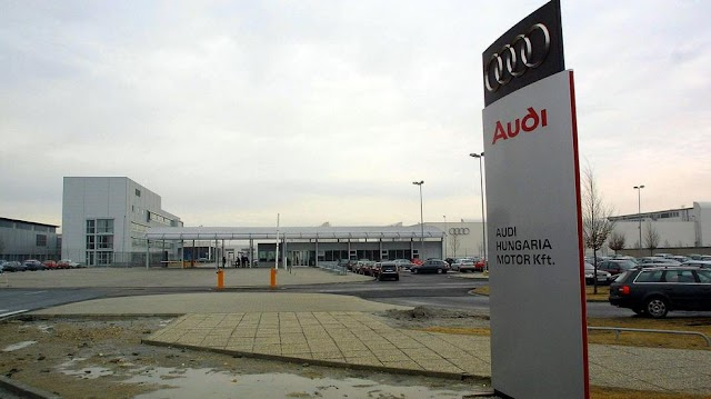 Nyáron is leállnak a termeléssel a magyar autógyárak - Ez vár a dolgozókra