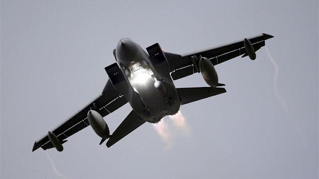 Londres despliega cazas Tornado para vigilar buques rusos por el canal de la Mancha