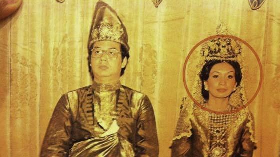 Rosmah Mansor Rampas Suami Kawan Sendiri