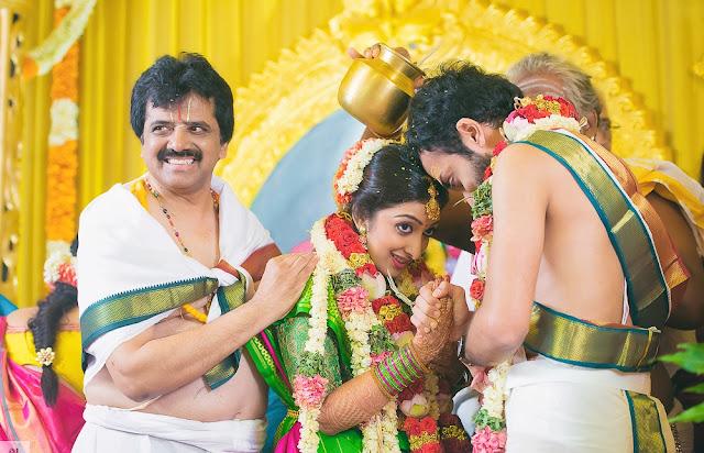 singer-sharanaya-srinivas-wedding1