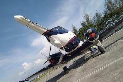 Douglas DC 3 Dakota Aircraft Spectrem Air pleasure flights arrived BTJ Airport Aceh