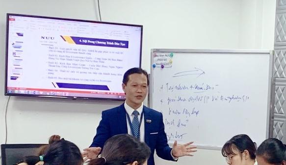 Lớp học Marketing online cho phòng khám
