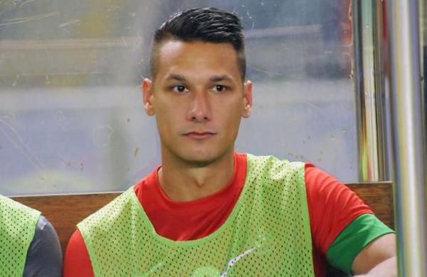 Raphael Maitimo sudah positif bergabung ke Persib