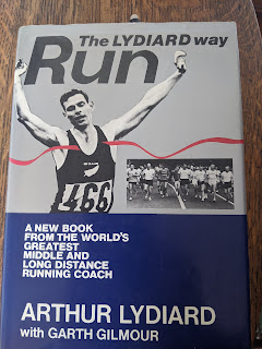 Front Cover of Run the Lydiard Way book