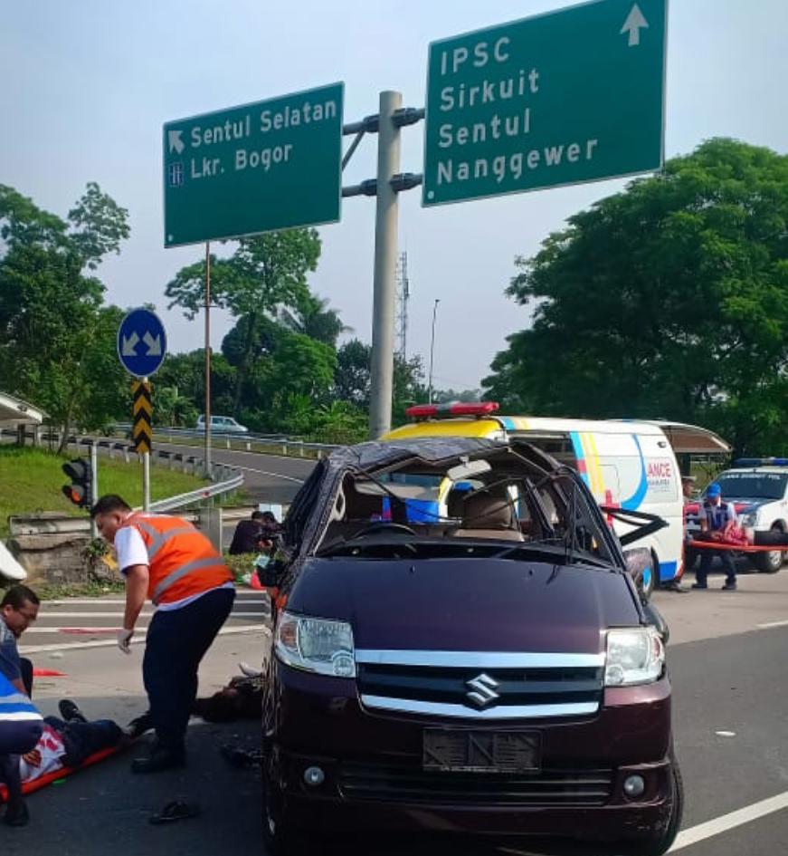 Image Result For Kecelakaan Tol Jagorawi Sentul